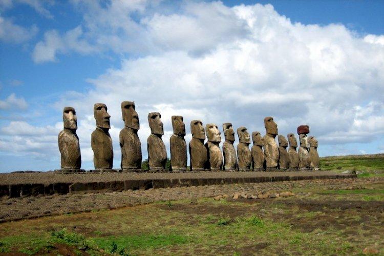 Un nou studiu genetic scoate la iveală un aspect surprinzător al civilizaţiei misterioase de pe Insula Paştelui