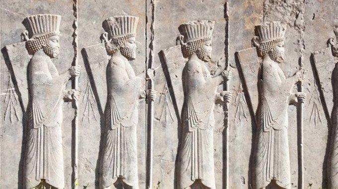 Persia antică, dovada că în Antichitate exista egalitatea de gen